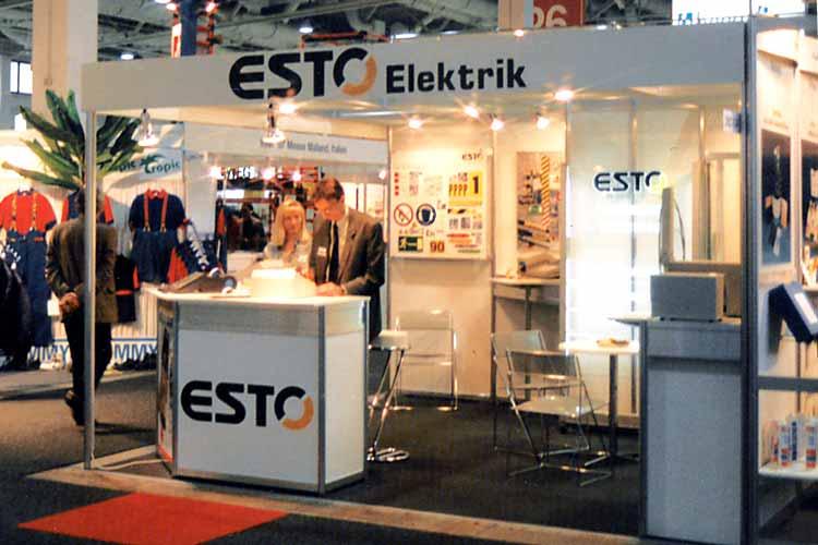 ESTO IndustrieTechnik Stolzenburg GmbH als Aussteller bei einerFachmesse